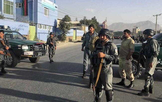 В Афганістані бомба вибухнула на узбіччі дороги, загинули 10 осіб