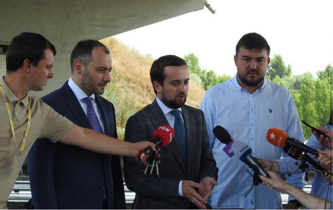 Тимошенко: правый проезд трассы на Борисполь завершили в рекордные сроки, его откроют в воскресенье