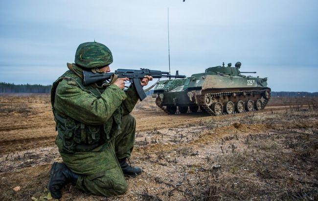 Фото: бойові навчання проводять на кордоні з Україною