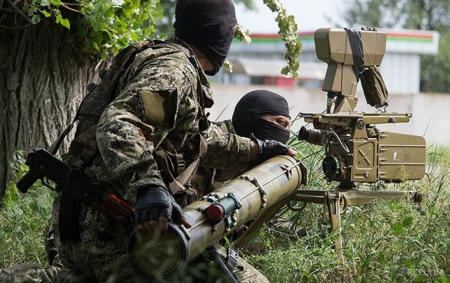 В зоні АТО в результаті обстрілів бойовиків поранений один український військовий