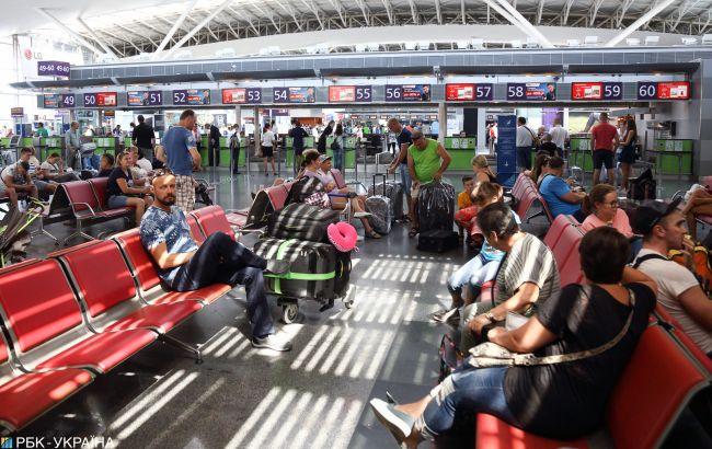 """Из """"Борисполя"""" теперь можно вылететь по цифровому паспорту: как это работает"""
