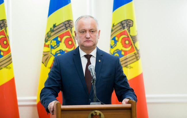 Додон предложил Санду обсудить роспуск парламента Молдовы