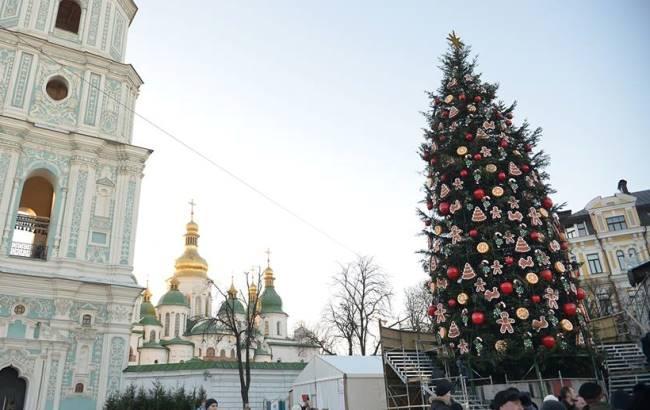 Головну ялинку країни відкриють мер Києва і перша леді