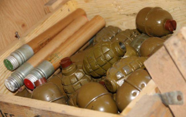 Фото: в Николаеве изъяли арсенал оружия