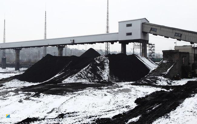 ДТЭК ожидает вторую партию угля из Казахстана