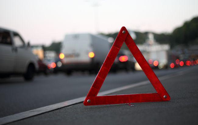 У Києві на ходу загорілась маршрутка з пасажирами