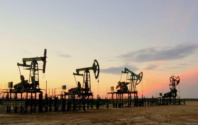 Решение ОПЕК опускает стоимость черного золота до минимума 2015 года
