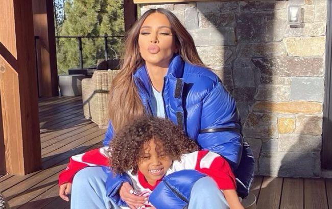 Страшенно милі: Кім Кардашьян зворушила мережу рідкісним спільним фото своїх дітей