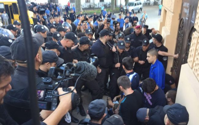 "Фото: столкновения на Марше равенства в Одессе (""Громадське"")"