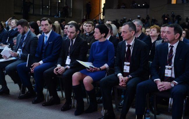"""Голик: у 2020 році Україну """"зшиють"""" 4000 км відремонтованих доріг"""