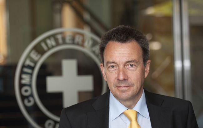 Красный Крест готов помогать поиску людей наДонбассе,— Маурер