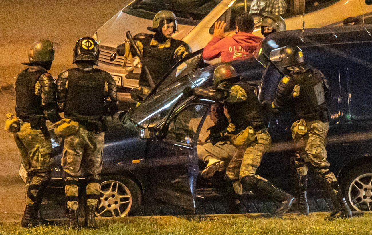 В МВД Беларуси отрицают избиение задержанных в камерах