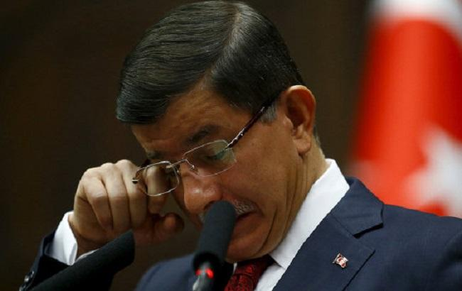 Фото: Ахмет Давутоглу официально больше не турецкий премьер