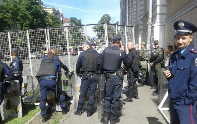 Фото: правопорядок обеспечивает Национальная полиция