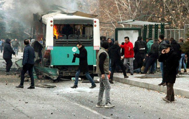 Теракт в Туреччині: загинули 13 військових, ще 48 отримали поранення