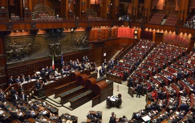 Фото: парламент Італії не скасував санкції проти РФ