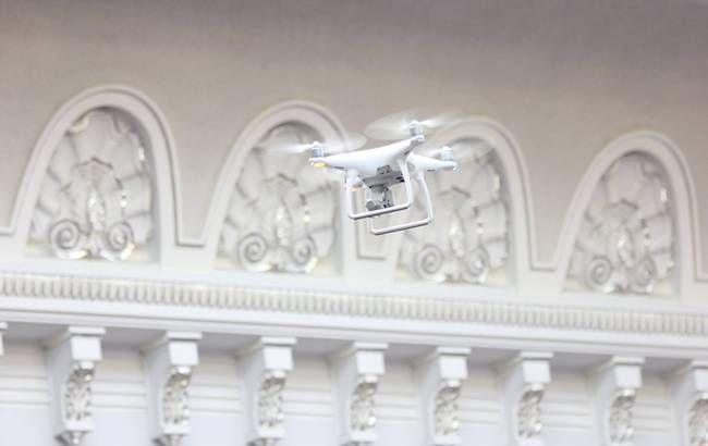Фото: в Раде запустили дрон