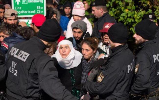 Німеччина скорочує прийом біженців з Афганістану через загрозу проникнення талібів