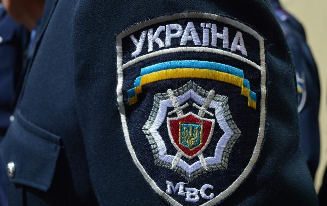 """Фото: поліція обшукує офіс """"Датагруп"""" в Дніпропетровську"""