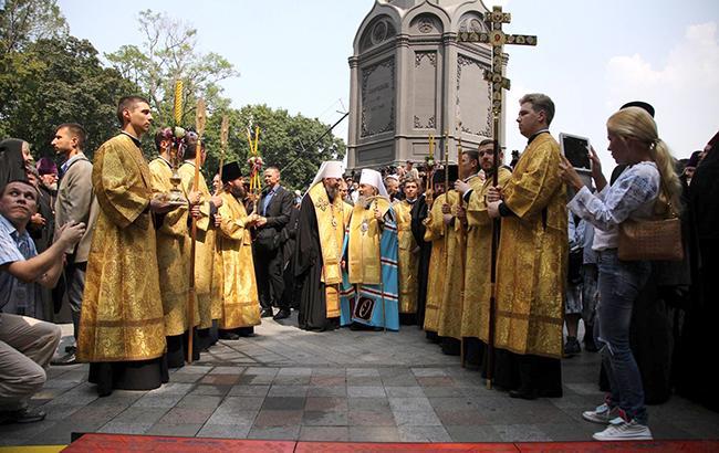 В соответствии с церковными правилами и канонами, крещение в Киевском патриархате должно признаваться в УПЦ МП (Фото: РБК-Украина/Виталий Носач)