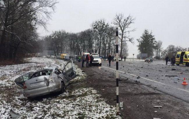 У Львівській області зіткнулися маршрутка і легкове авто, є жертви