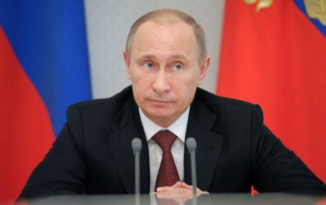 Біржовий курс долара в Росії піднявся вище 73 рублів