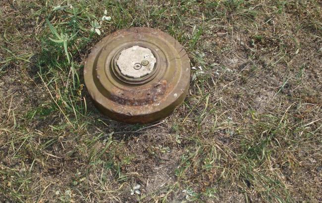 Под Мелитополем на мине подорвался военный