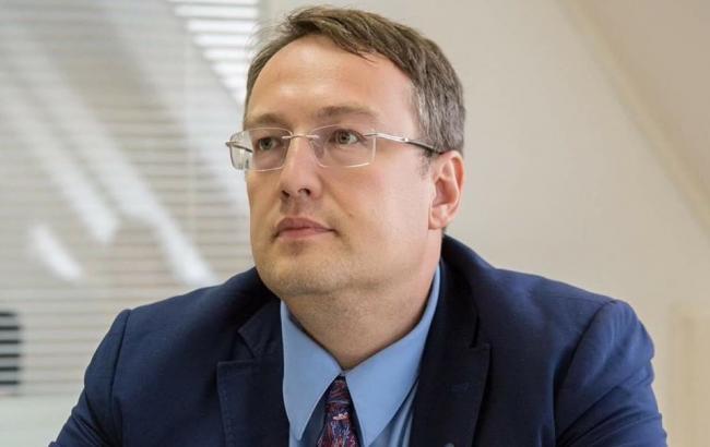 Геращенко розповів деталі про кілера, який стріляв у Осмаєва