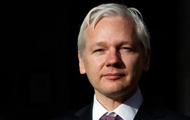 Основатель WikiLeaks допустил след Российской Федерации вовзломе интернет-ресурсов Демпартии США