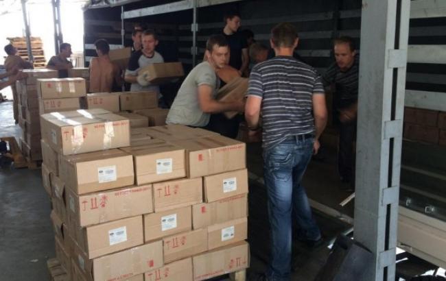 В Росії збирають вантаж для сьомого гумконвоя на Донбас