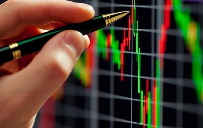 Фото: объем безналичных валютных расчетов на межбанке в в августе снизился