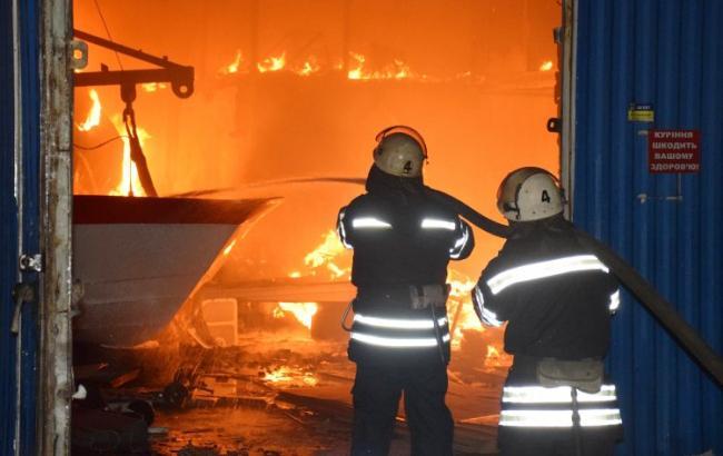 ВКиеве вовремя пожара внедостроенном детсаду произошел взрыв