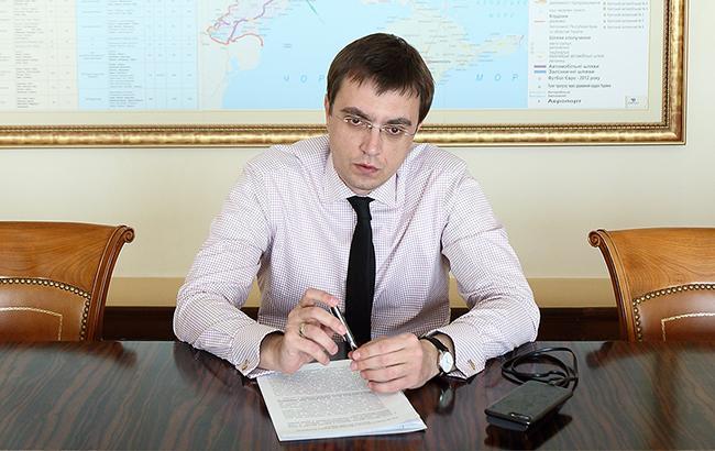 Ryanair планує запустити рейси з Одеси та Дніпра, - Омелян