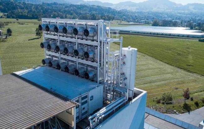 ВШвейцарии открыли завод повысасыванию углерода изатмосферы