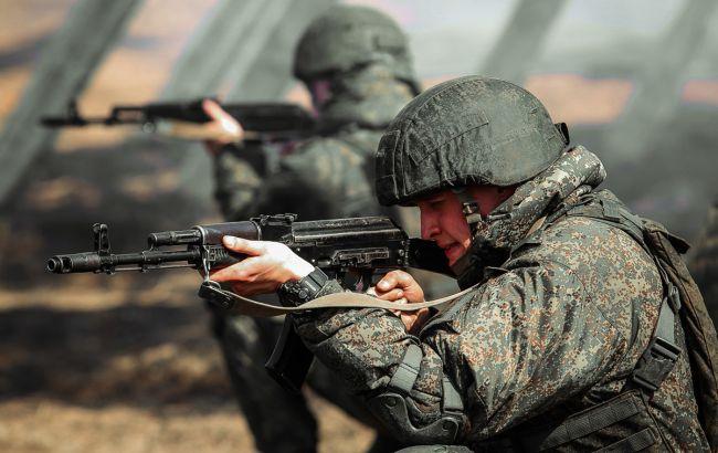 РФ почала повертати на бази війська з навчань у Криму