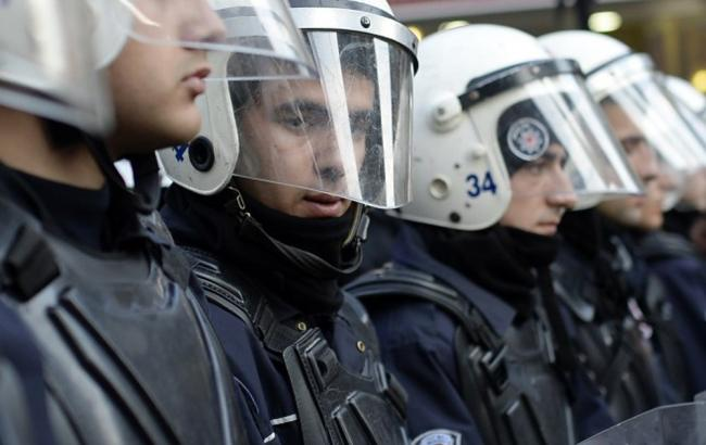 У Туреччині бойовик ІДІЛ підірвав себе, поранено 4 поліцейських