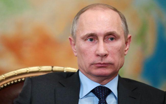 Путин проигнорировал Порошенко в поздравлении с 9 мая