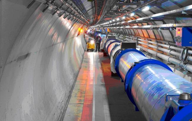 Названы сроки перезапуска Большого адронного коллайдера
