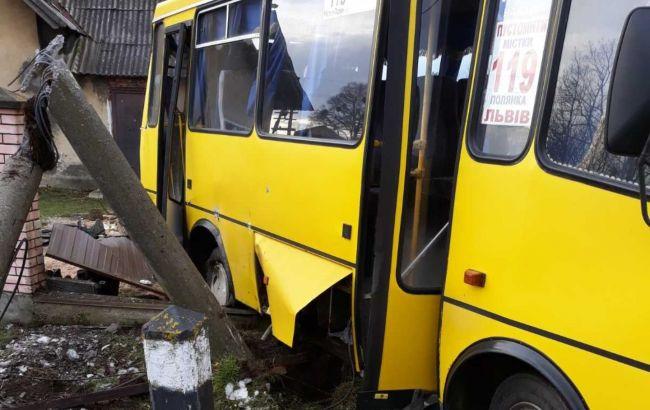 Скончался один из пострадавших в ДТП с маршруткой и поездом во Львовской области