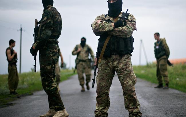 Фото: в ДНР затримали військових