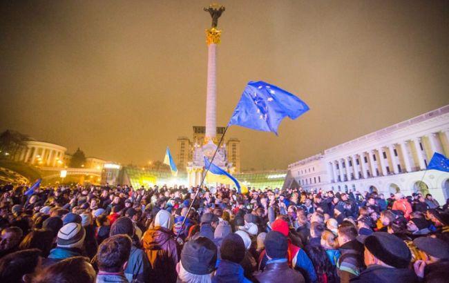 Фото: большинство опрошенных не видят результаты Майдана