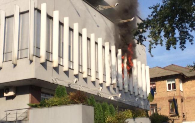 """Фото: пожежа на """"Інтері"""""""