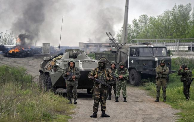 Протягом дня бойовики продовжили обстріли сил АТО на Донбасі