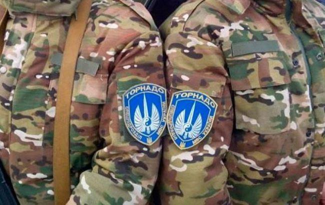 """Фото: база роты """"Торнадо"""" в Луганской обл. заминирована"""
