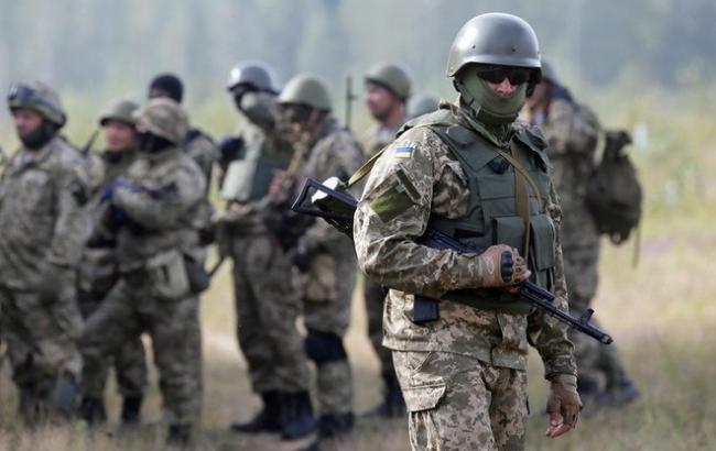 Фото: Бойцы АТО (hronika.info)