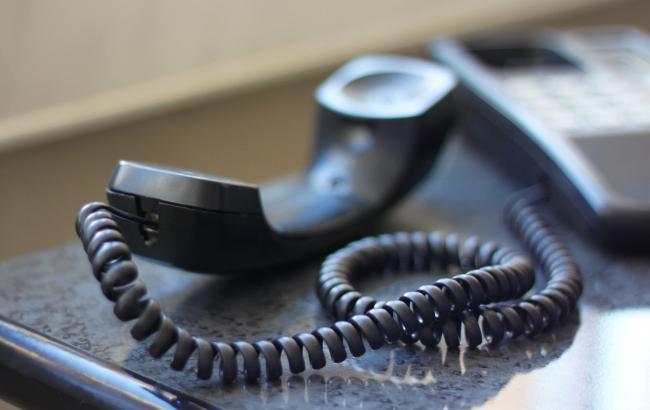 Фото: Телефонные мошенники оманывают людей