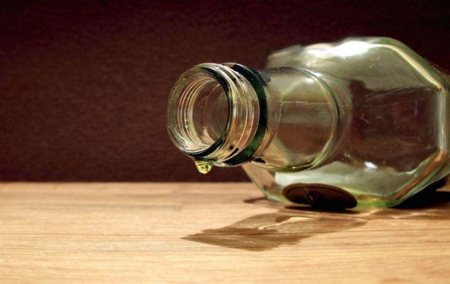 Фото: діти отруїлися алкоголем