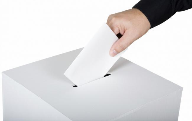 У Львівській обл. закрили виборчу дільницю через порушення