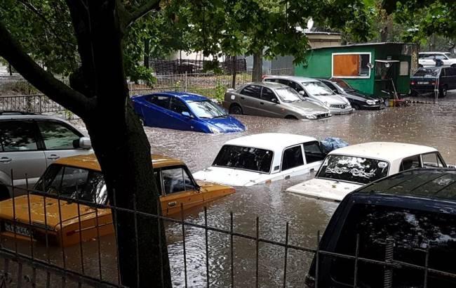 Фото: Негода в Одесі (facebook.com/insmars)