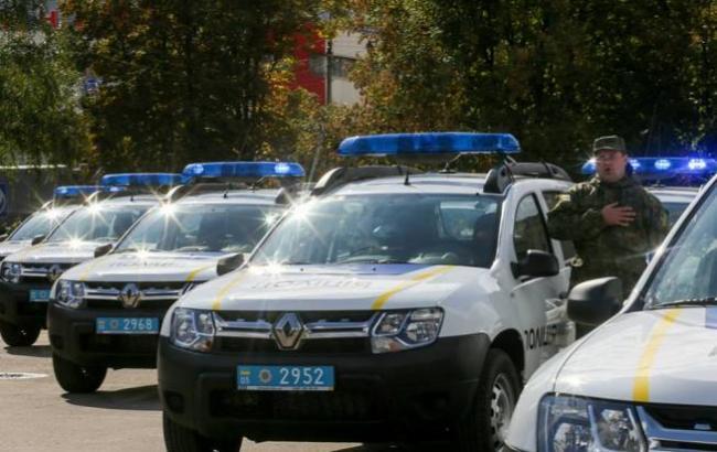 Фото: Нові позашляховики для поліцейських (facebook.com/arsen.avakov)